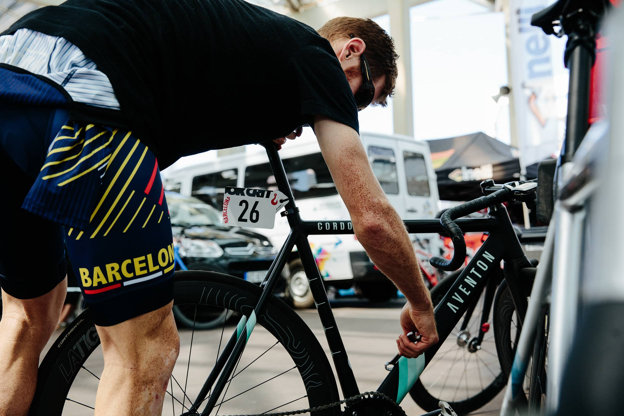 BJØRN LEXIUS | PHOTOGRAPHER - People-, Sport- und Werbefotograf Hamburg AVENTON x RED HOOK CRIT BARCELONA 2017